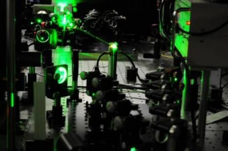 Picture of the laser system with which the hydrogen molecules were investigated on earth. (Credit: LaserLaB VU University Amsterdam/Wim Ubachs)