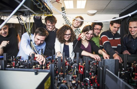 Ronald Hanson and his group at Delft University (Image Credit: Michel van Baal)